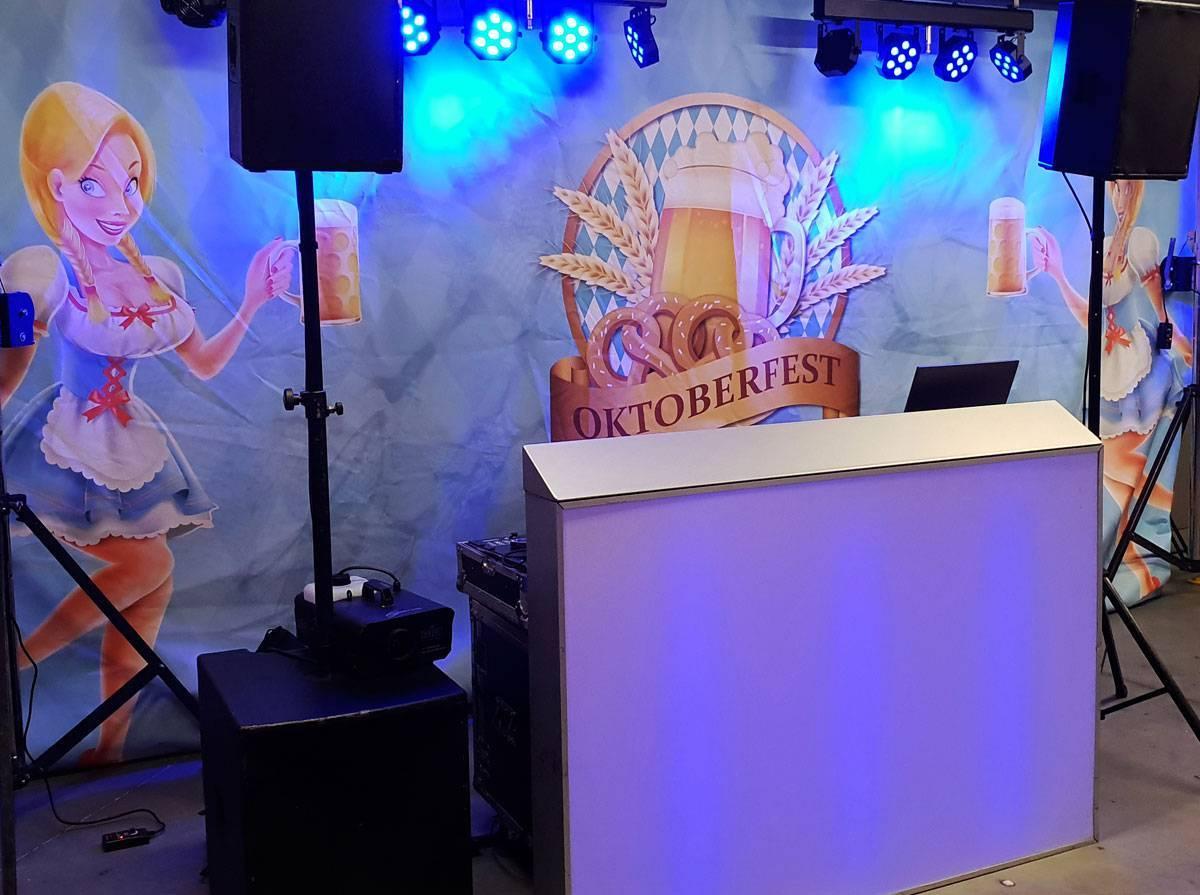 Oktoberfest drive-in-show